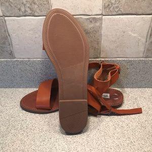 Steve Madden NEW leather sandals
